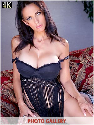 Catalina Cruz inviting you to enjoy her massive breasts