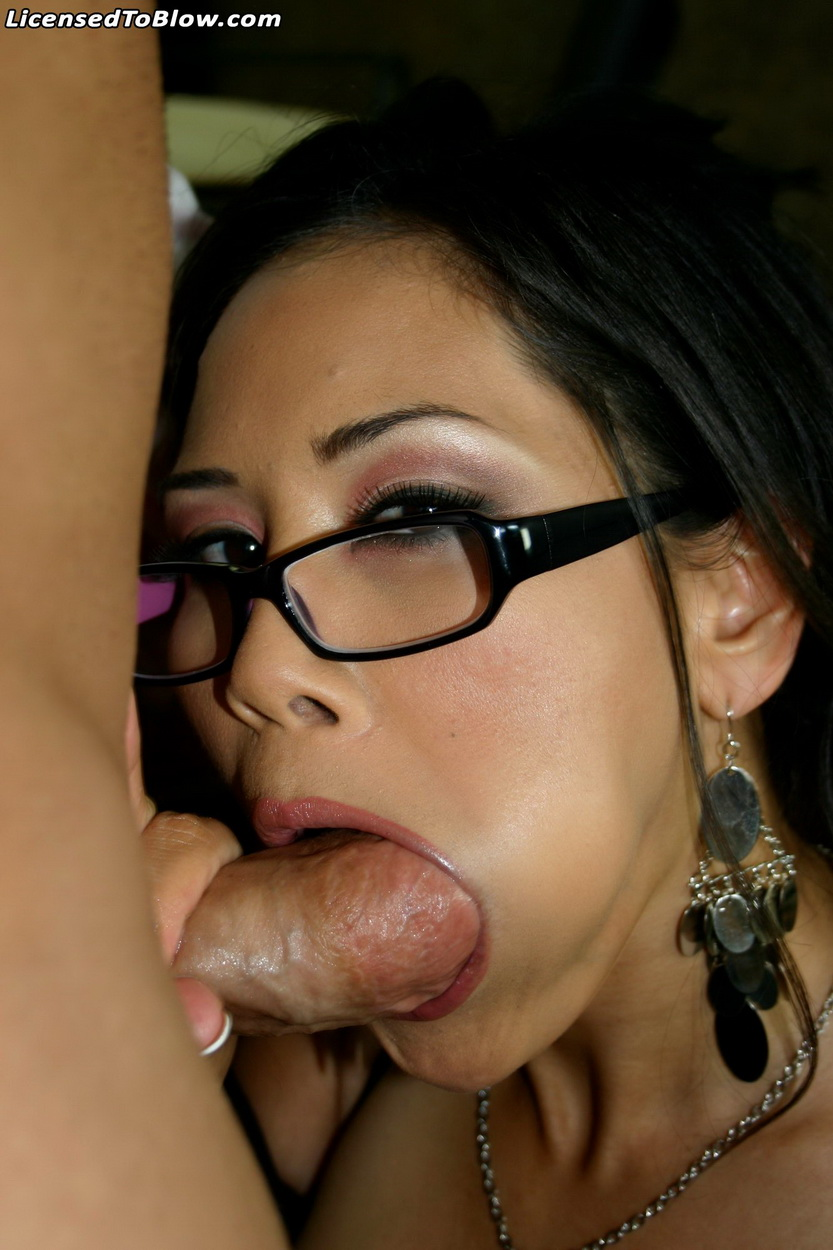 image Cindy dollar blowjob in car