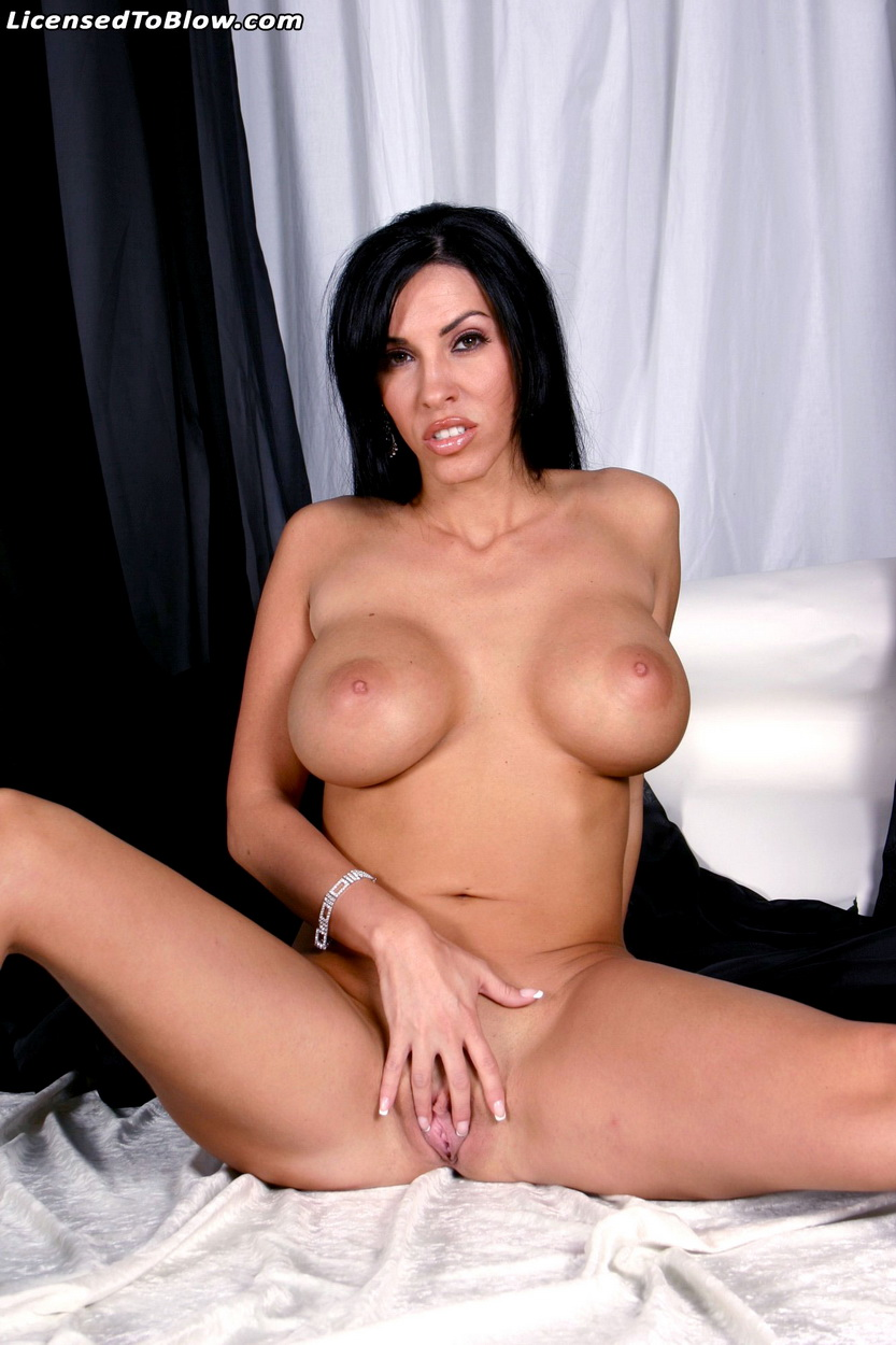Adrianna nicole she loves double penetration 6