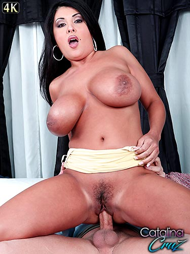 Jaylene Rio huge jiggly tits looking awesome as she rides dick