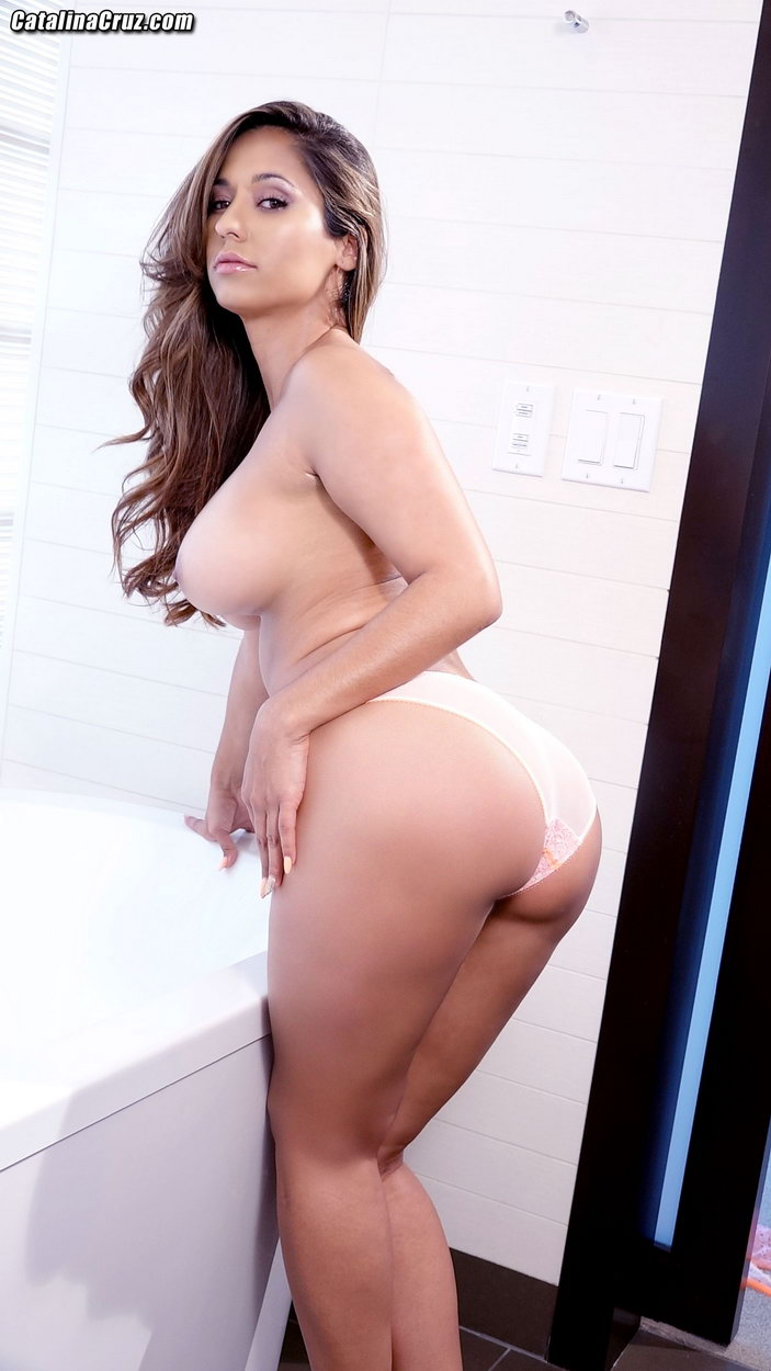 nude sexy asian athletes